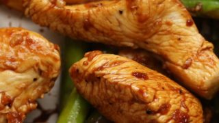 Lemon Chicken and Asparagus Stir Fry (Under 500 Calories)