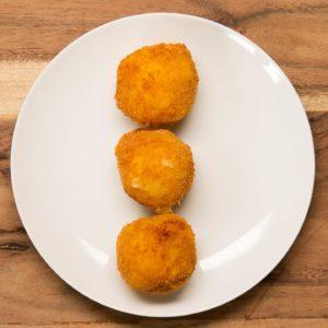 Pesto and Mozzarella–Stuffed Risotto Balls