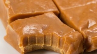 Slow Cooker Clotted Cream Fudge